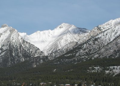 close up of the mountains in canmore